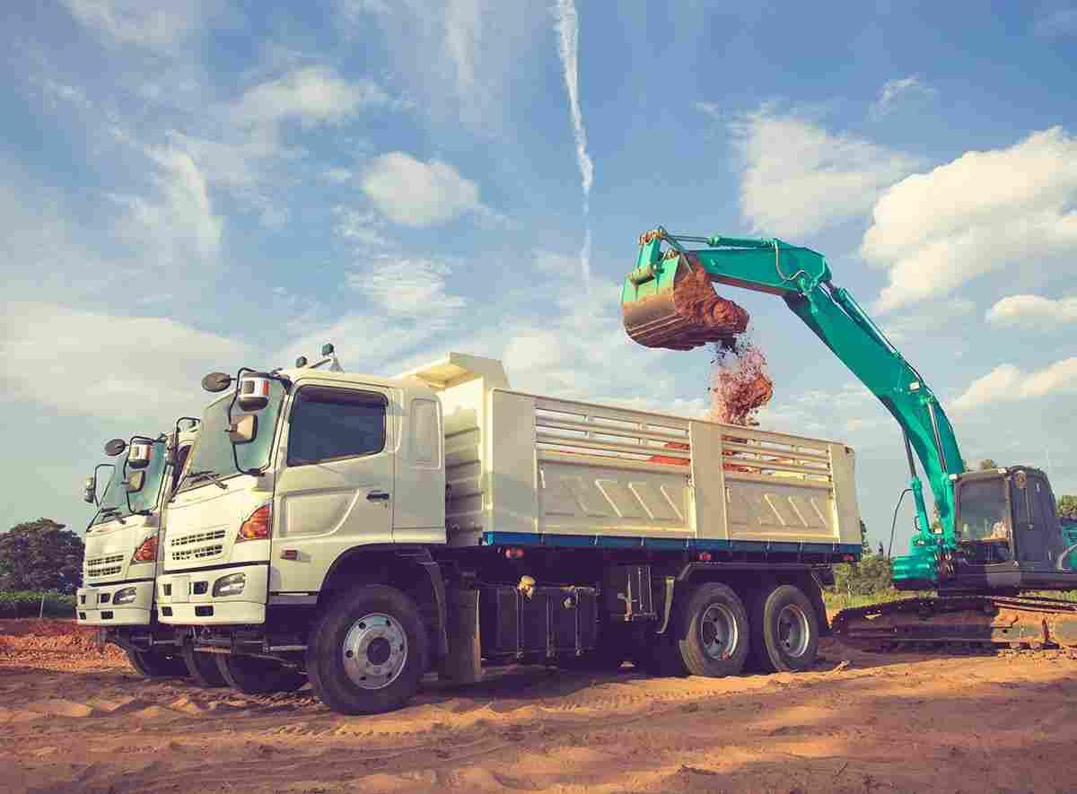 http://www.tonymrees.co.uk/wp-content/uploads/2017/08/inner_big_trucks_03.jpg